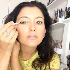 The quickest glitter eyes you've ever done in your life!! #LITcosmetics #glitter #glitterglue #smokeyeye #matte #gorgeous #eyeshadow #concealer #hyperlapse #selfielapse #DIVAlicious #motd