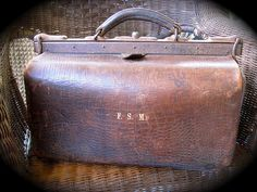 All sizes | Steampunk Gear: Vintage Ox Leather Gladstone Bag, via Flickr.