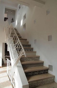 Love the designs on the stairs.