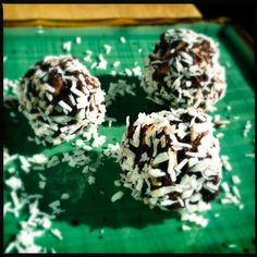 the corvid drifter: Chocolate Coconut Date Balls : Paleo, gluten free, sugar free, vegan, raw