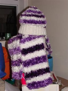 Knitted Feathers Purple stripe hat n scarf set Size ladies