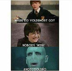 Harry Potter Humor, Fans D'harry Potter, Mundo Harry Potter, Harry Potter Facts, Harry Potter World, Harry Potter Memes Clean, 100 Memes, Memes Humor, Funny Memes