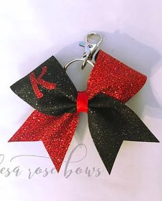 $6.99 Cheer Bow Keychain. Glitter keychain, cheerleading bows, cheer gifts, affordable cheap cheer presents. #cheerleading #ad Cheer Coach Gifts, Cheer Coaches, Cheer Gifts, Team Gifts, Cheerleading Bows, Cheer Bows, Gift Bows, School Spirit, Cheers