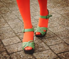 Sick. And sOxi Tights - THE STYLING DUTCHMAN. Orange Tights, Fluorescent Colors, The Older I Get, Ankle Strap Sandals, Rubber Rain Boots, Sick, Give It To Me, Cute Tights