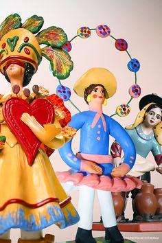 Os famosos Bonecos de Estremoz, peças de artesanato que guardam a história e cultura do povo alentejano. Siga-os por esta região! #viaverde #viagensevantagens #Portugal #alentejo