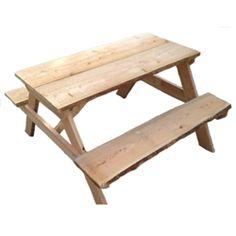 Een geweldige robuuste houten Picknicktafel voor kinderen  De planken zijn van Douglas hout en zijn nietbewerkt, zodat je een echte natuurlijke uitstraling hebt in je huis.  De splinters en scherpe kanten van de planken zijn verwijdert, echt...