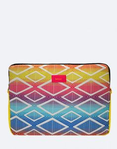 funda-portátil-rombos-amarillo Zip Around Wallet, Fashion, Laptop Sleeves, Yellow, Moda, Fashion Styles, Fashion Illustrations