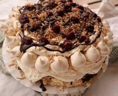 Az új kedvenc: spanyol széltorta | Mai Móni Hungarian Recipes, Sweet Cakes, Desert Recipes, Aesthetic Food, Cakes And More, Sweet Recipes, Cookie Recipes, Sweet Tooth, Bakery