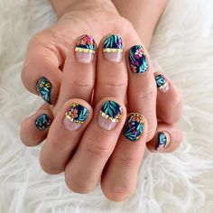 Tropical garden at night nails by @mkmk1209.