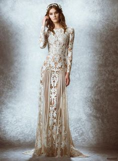 If you're into the high fashion bridal look, The latest 2015 Fall Bridal collection of Zuhair Murad wedding dresses is made for you. Zuhair Murad, has released a look at his fall 2015 collection of elegant bridal looks. Chic Wedding Dresses, Wedding Dresses Photos, Wedding Dress Trends, Bridal Dresses, Wedding Gowns, Boho Wedding, Autumn Wedding, Bridesmaid Dresses, Prom Dresses
