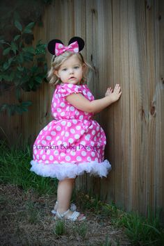 #minnie mouse #halloween #costume, this looks like Little Elna Harris!