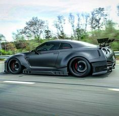 I Love That Car Nissan GT-R Nissan Gtr R35, R35 Gtr, Nissan Skyline Gt, Nissan Gtr Skyline, Gtr Auto, Gtr Car, Car Throttle, Street Racing Cars, Auto Racing