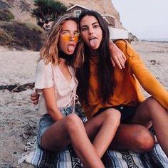 Épinglé par ron maio sur happy friend photos, bff pictures e Photos Bff, Bff Pics, Bff Pictures, Best Friend Pictures, Summer Pictures, Beach Pictures, Beach Pics, Vacation Pictures, Internet Best Friends