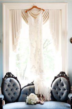 Choosing the Perfect Wedding Dress - Swanky Weddings