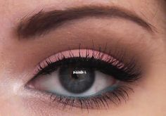 Make-up by Bextacy!: Sleek 'Oh So Special' Palette Look