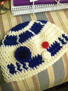 R2D2 $22.00  shoprachelbydesign.blogspot.com