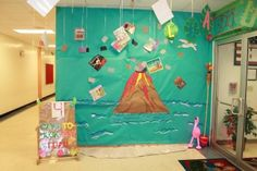 Elementary and Middle School Classroom Theme and Bulletin Board Ideas