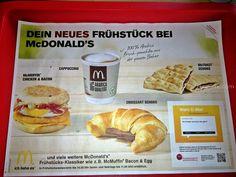 Frühstückszeiten bei Mc Donalds: Montag bis Samstag bis 10.30 Uhr, Sonntag und Feiertag bis 11.30 Uhr Im September gibt es bei Mc Donalds wieder Gutscheine, um diese zu downloaden hier klicken. Mc Donalds Preise – Frühstück McMuffin Bacon & Egg 2,49 € McMuffin Sausage & Egg 2,49 € McMuffin Sausage …
