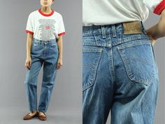 Lee Tapered Jeans Regular Classic Wash Women's High Waist Boyfriend / Mom Jeans Size 7 Petite Made in USA 80's Vintage (44.00 USD) by PeopleWear