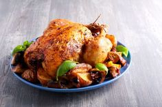 Few people can resist a golden, tender roast chicken. It's the ultimate comfort food, and mastering the art of cooking the perfect roast is well worth doing, as it's one of those never-fail meals … Spicy Roast Chicken, Whole Baked Chicken, Perfect Roast Chicken, Oven Roasted Chicken, Roast Chicken Recipes, Oven Chicken, Stuffed Whole Chicken, Rotisserie Chicken, Chicken Soup