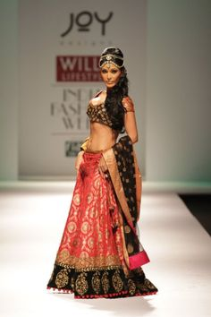 Designer: Joy Mitra beautiful Indian outfit
