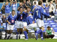 21st CENTURY TIME MACHINE: To get you in the mood for tomorrow's visit of Millwall, here's a flashback to the 4-0 victory over the Lions at St. Andrew's on 19 August 2001 as Geoff Horsfield celebrates scoring Blues' second of the afternoon.