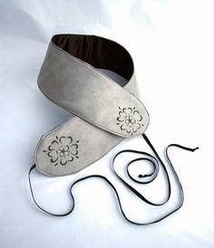 65.98 Sewing Pockets, Medieval Belt, Tudor Rose, Grey Roses, Rose Design, Sunglasses Case, Baby Shoes, Quilts, Printed