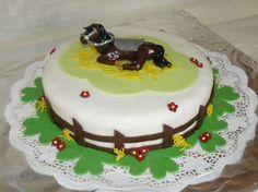 """Gâteau anniversaire """"équitation, mon cheval au repos"""""""