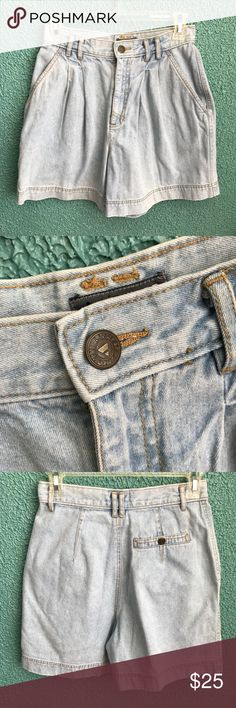 Vintage Liz Wear high waist denim shorts Size: 6 Petite These are super cute with sandals Liz Wear Shorts Jean Shorts