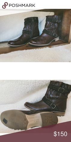 Paul Green short dark brown moto boot Super comfy Paul Green moto boot. Only worn a couple times. In excellent condition. Very comfortable and super cute. Size 9. Paul Green Shoes Ankle Boots & Booties