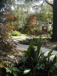Hancock Park entry, Van Ness Ave