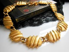 Vintage Anne Klein Bold Chunky Modernist Gold Tone Statement Collar Necklace