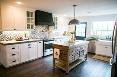 Kitchen from Fixer Upper on HGTV
