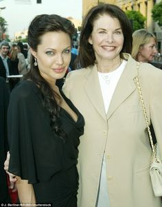 Pals: Jolie and Lansing at the Tomb Raider: Cradle Of Life premiere in LA in 2003...