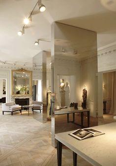 "Mirrored ""columns"" - Balmain Showroom:"