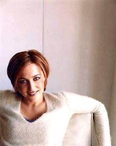 Photo of gillian anderson for fans of Gillian Anderson 14231868 Dana Scully, Gillian Anderson, Illinois, X Files, Chris Carter, Beautiful People, Beautiful Women, Portraits, Redheads