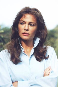 images about Jacqueline Bisset Casino Royale, Classic Hollywood, Old Hollywood, British Actresses, Hollywood Actresses, Jacqueline Bissett, Old Movie Stars, Diane Keaton, Hot Brunette