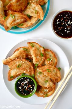 Easy Chicken Potstickers with Soy Dipping Sauce Recipe