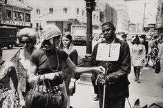 zzzze — GARRY WINOGRAND Untitled / New York, USA,1961-68...