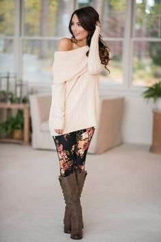 """f571b5f1f3 What are """"fashion leggings,"""" you ask? They're leggings that you can wear to  the gym, but also to dinner with family, a night on the town with friends  and ..."""