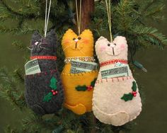 Kitty ornaments!