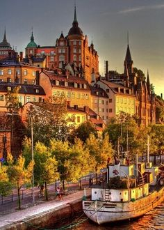 Stockholm, Sweden | Take a journey to one of the most revered and popular Scandinavian treasures. Places To See, Places To Travel, Travel Destinations, Travel Tips, Travel Tourism, Travel Hacks, Travel Photos, Voyage Suede, Europe Du Nord