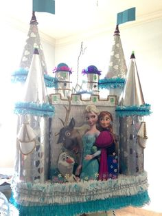 Custom handmade Castle frozen party pinata / Casa Pinatas Party Store Indio CA. 92201