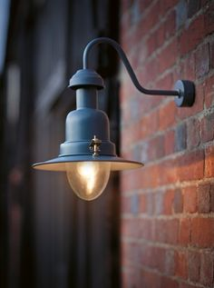 Its powder coated steel exterior Fishing Light in Slate fitted with a convenient wall bracket allowing for a more versatile use.