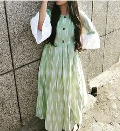Unique & Simple Cotton Dress with Bright Colors - Traditional and Fashion Indian Dress in Green and Dresses For Teens, Trendy Dresses, Nice Dresses, Casual Dresses, Casual Wear, Kurta Cotton, Cotton Frocks, Ikkat Dresses, Kurti Styles