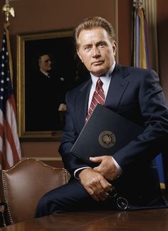 "Martin Sheen (as Josiah ""Jed"" Bartlet, President of the United States) in ""The West Wing"" (TV Series)"