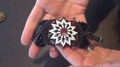 Beautiful macramé bracelet tutorial - Part I. Not in English. Chiara Gandini.