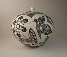Black and White Large Seed Jar with stopper - Butterflies and Flowers by Michelle Shields, Acoma Pueblo American Indian Crafts, American Indians, Craft Shop, Craft Stores, Pueblo Pottery, Native Indian, Craft Items, Nativity, Jars