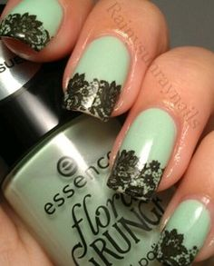 Lace nail tips tutorial: like but if they were white