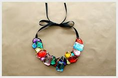 Make A Wire Wrapped Stone Necklace - imagine this with seaglass